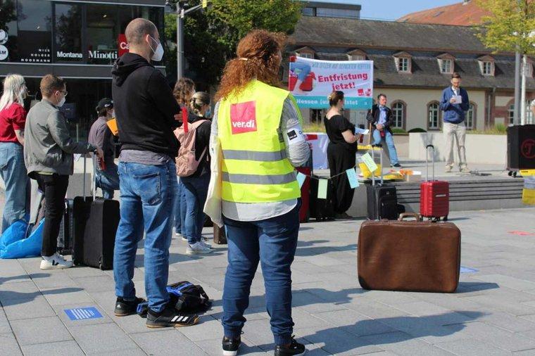 Protest gegen Befristungen anlässlich des Auftakts der Tarifverhandlungen für Landesbeschäftigte Hessen am 1.September 2021.